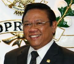 Peranan Dewan Perwakilan Rakyat Untuk Meningkatkan Mutu Pendidikan Di Indonesia – Orasi Ilmiah H.R Agung Laksono, Ketua DPR RI