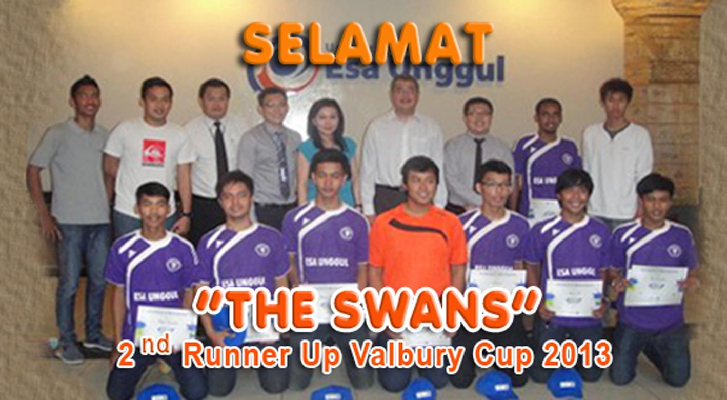 """""""Selamat kepada The Swans (Tim Basket Putra Esa Unggul) sebagai 2nd Runner Up pada Kejuaran Valbury Cup 2013"""