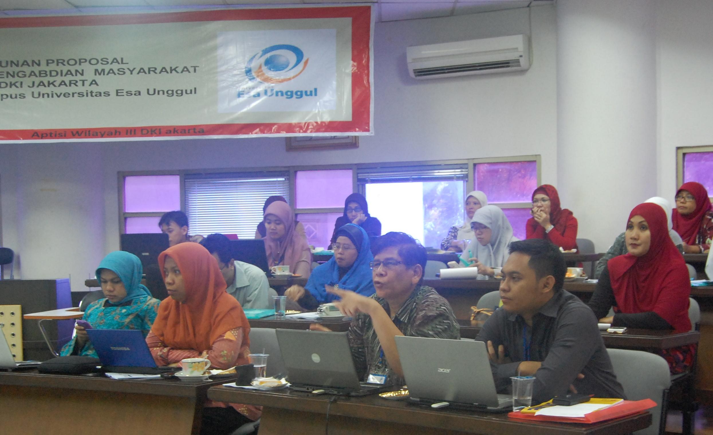 Workshop APTISI: Penyusunan Proposal Penelitian dan Pengabdian Masyarakat, 2-3 April 2013