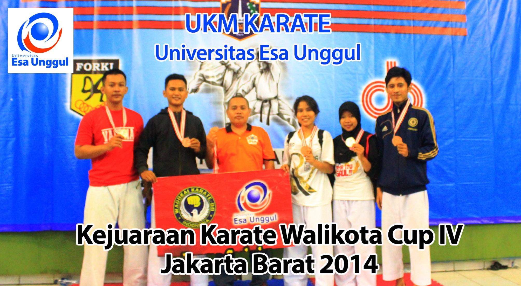 UKM Karate Universitas Esa Unggul meraih 2 Medali Perunggu dan 1 Medali Perak dalam Kejuaraan Karate Walikota Cup IV Jakarta Barat 2014