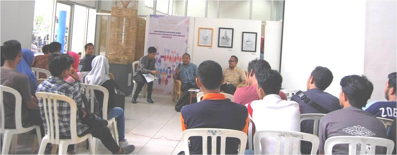 Seminar Kampus Bebas Rokok di Universitas Esa Unggul