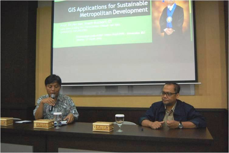 Kuliah Umum Aplikasi Geomatika Untuk Perencanaan Wilayah Dan Kota di Universitas Esa Unggul