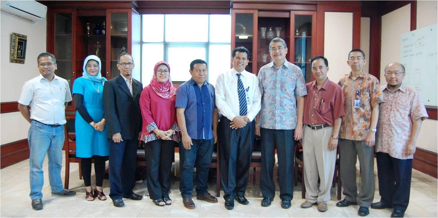 Foto Bersama dengan Universitas Nusa Cendana dan RRI Kupang