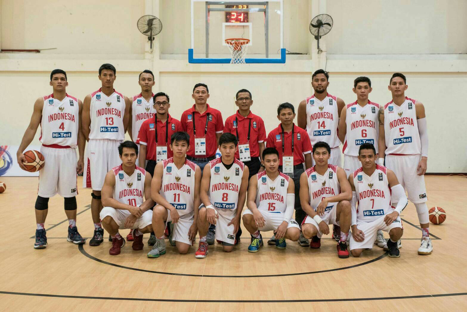 Tim Basket Universitas Esa Unggul Mewakili Indonesia di Ajang Asean University Games