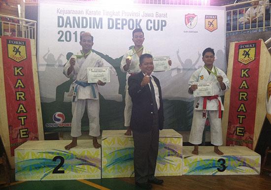 Selamat kepada Mahasiswa Universitas Esa Unggul Juara 2 Putra dan Juara 3 Putri Karate Piala Dandim Depok Cup 2016