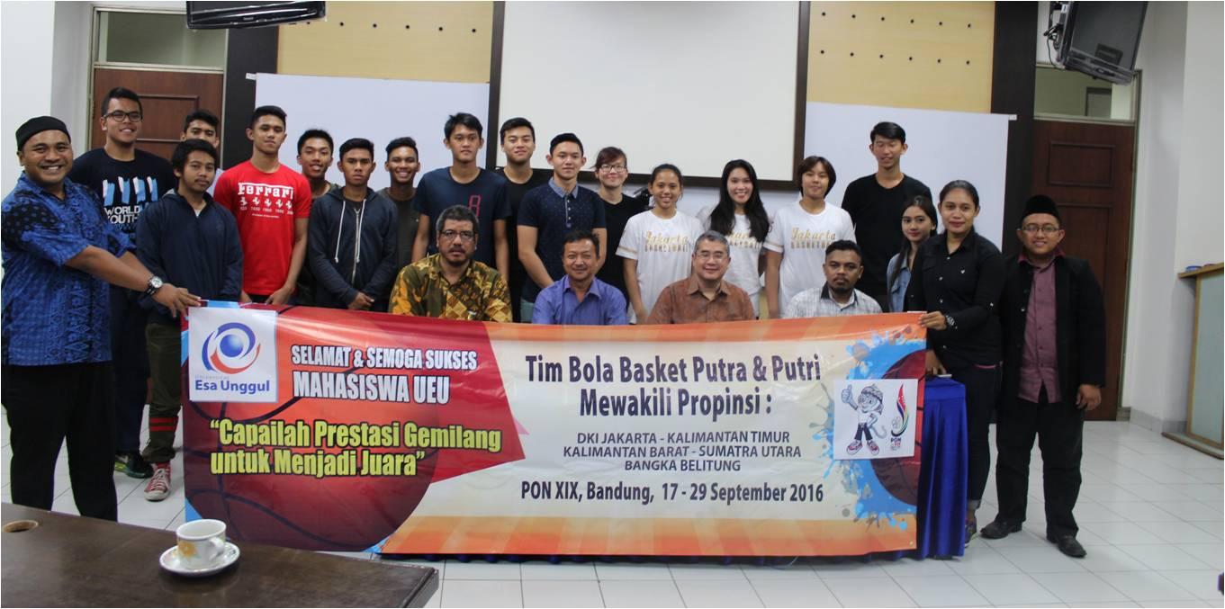 Kontingen Tim Bola Bakset Mahasiswa UEU Melaju pada PON XIX