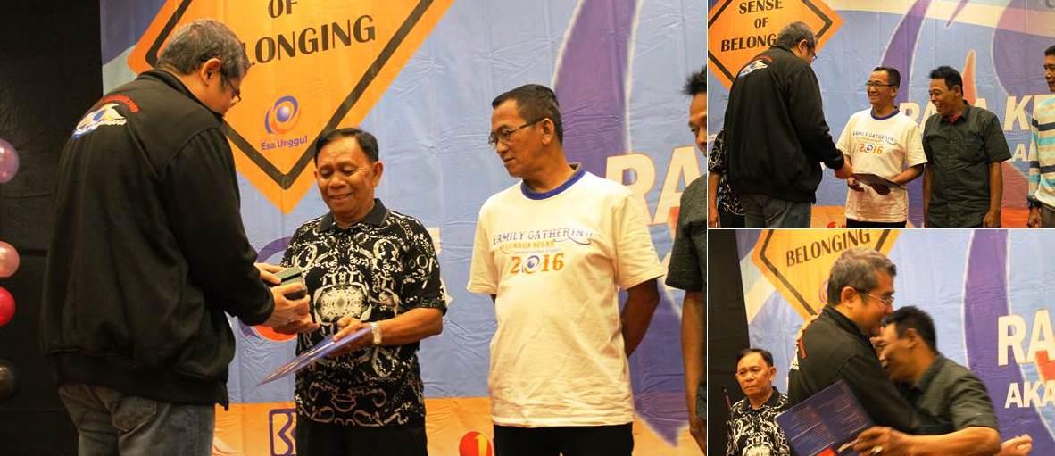 Pemberian Penghargaan Pada Karyawan Yang Memasuki Masa Pensiun