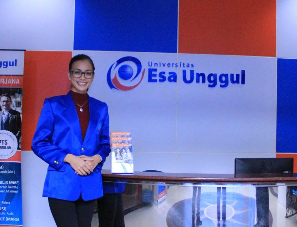 Kunjungan Puteri Indonesia 2016 di Esa Unggul