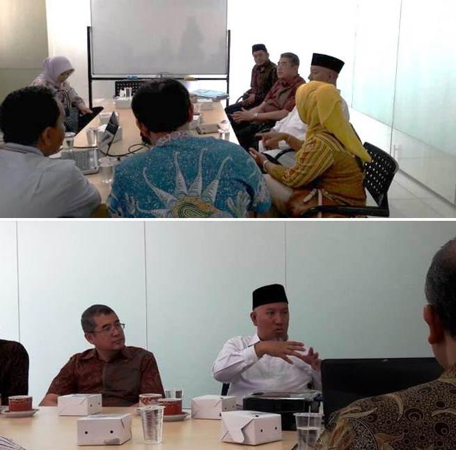 Dr. KH. Abdul Wahid Maktub saat di Esa Unggul Harapan Indah