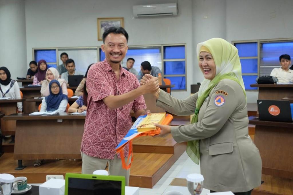 Training Disaster Management