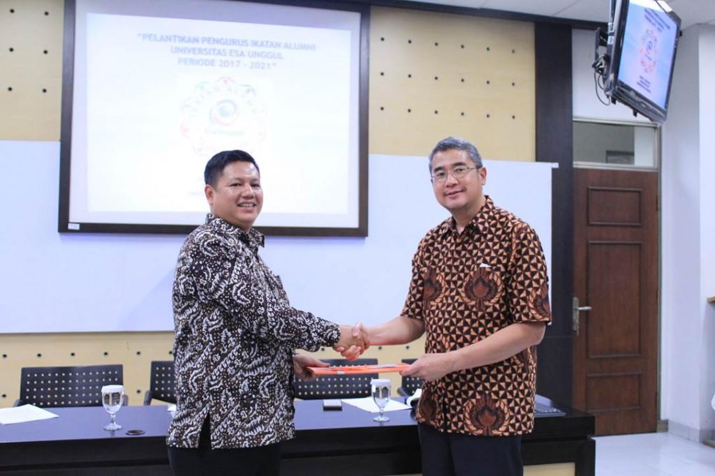 Harris Mogot, ST dan Dr. Ir. Arief Kusuma Among Praja, MBA