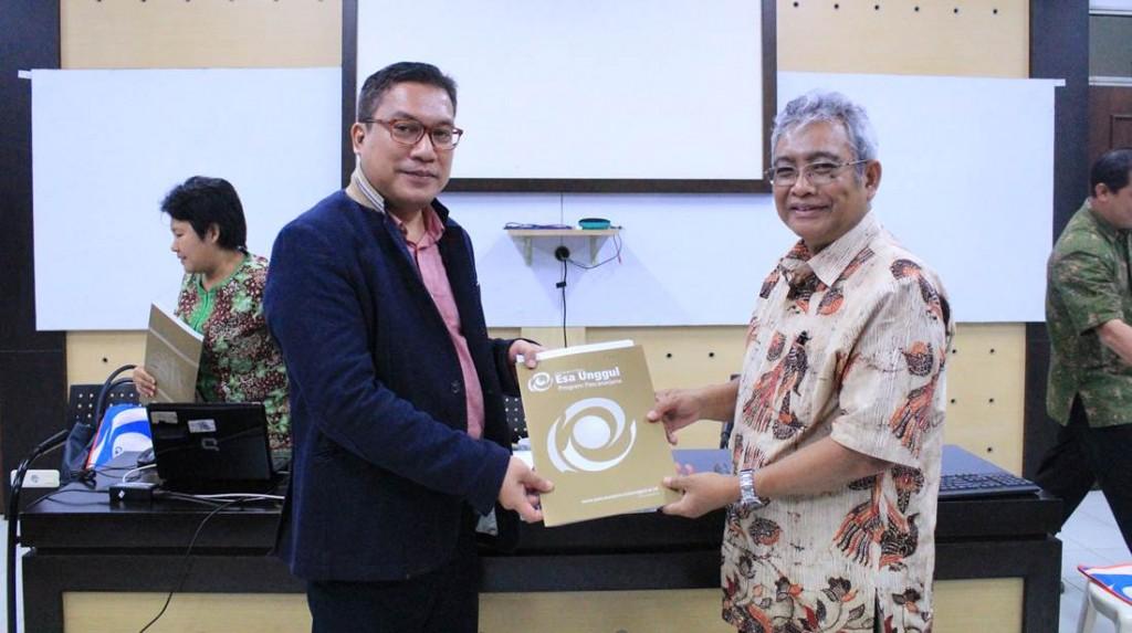 Asesor BAN PT Prof. Sudarso Kaderi Wiryono
