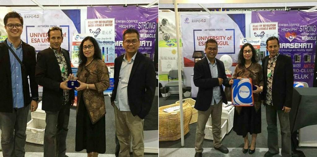 Dekan dan Dosen FDIK UEU saat di Thailand Expo 2017