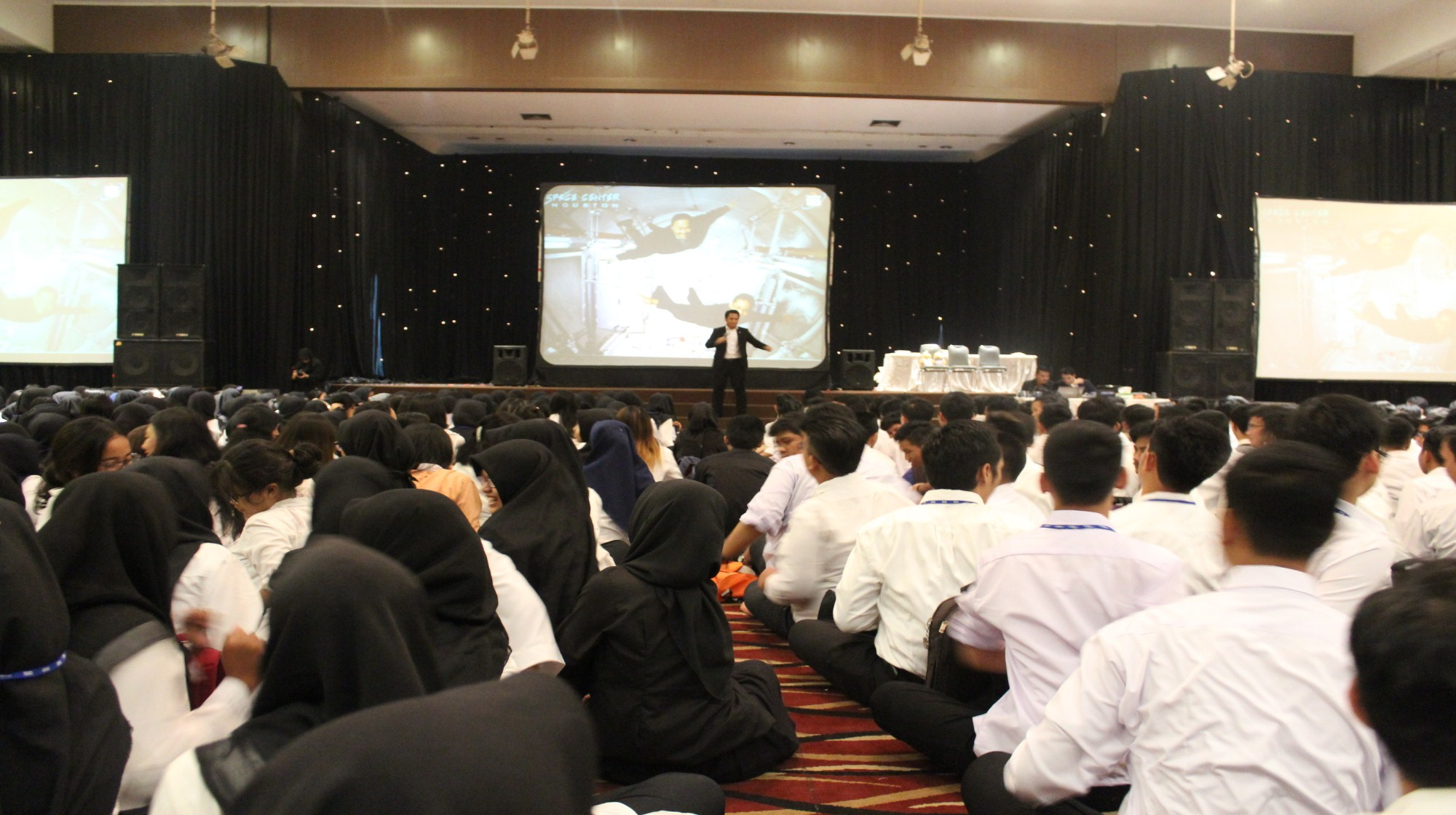 Sebelum Masuk Perkuliahan, 1400 Mahasiswa/i Baru Esa Unggul Ikuti ESQ