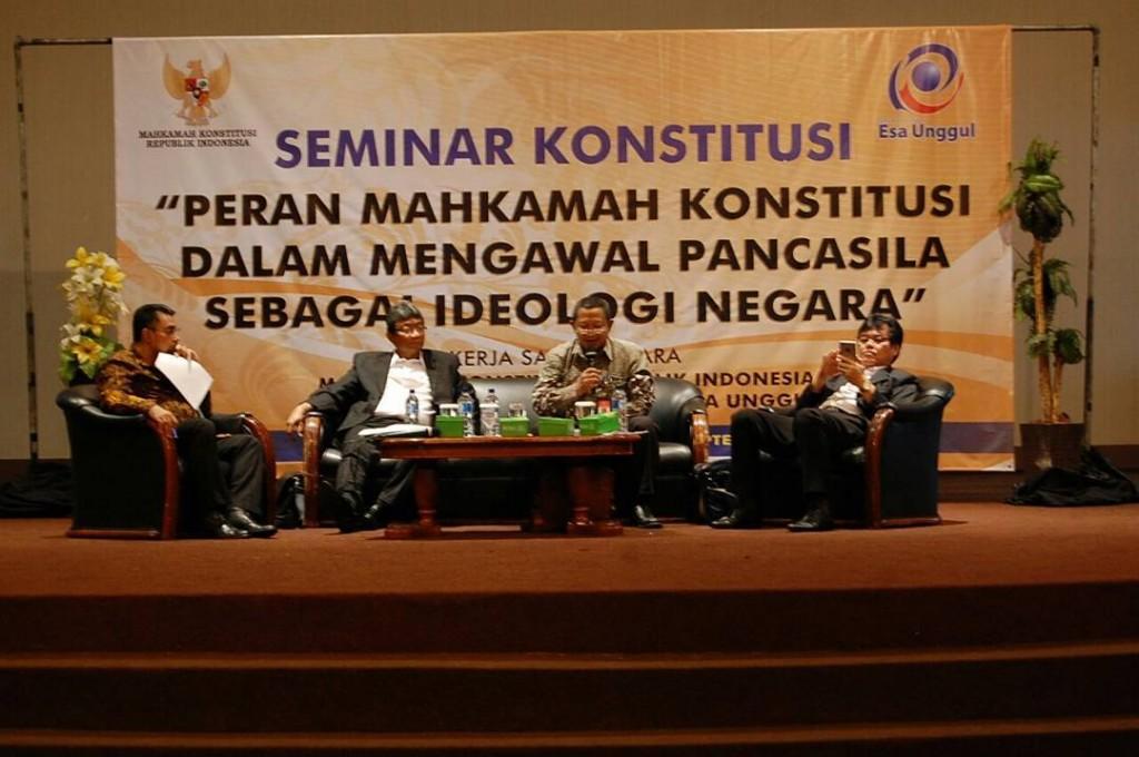 Seminar Fakultas Hukum Yang menghadirkan Pembicara dari Mahkamah Konstitusi