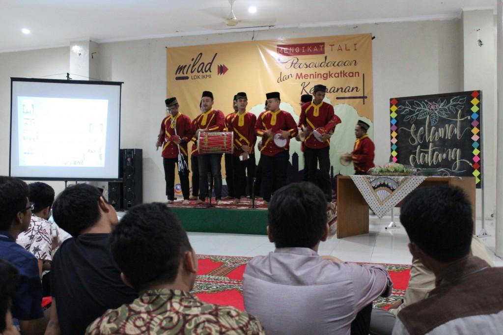 Penampilan Grup Marawis Dalam LDK IKMI