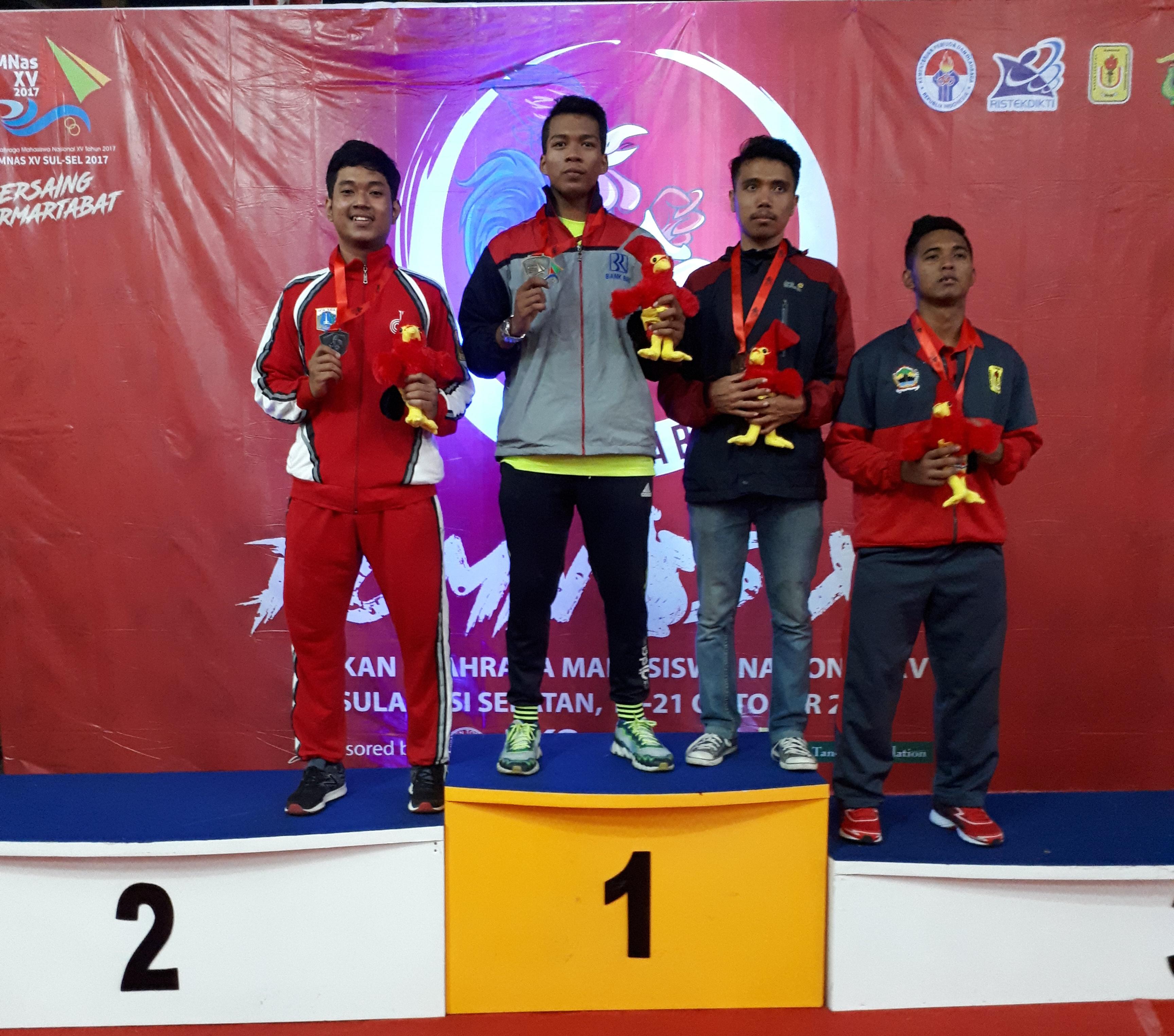 Ridho Achmad Fawzy Perwakilan Karate Esa Unggul Raih Perak