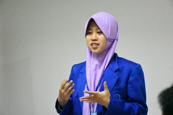 Delegasi Tim Debat Bahasa