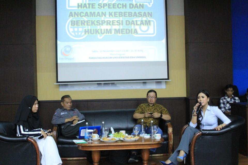 Para Pembicara dalam seminar Hate Speech  dan Ancaman Kebebasan Dalam Berekspresi