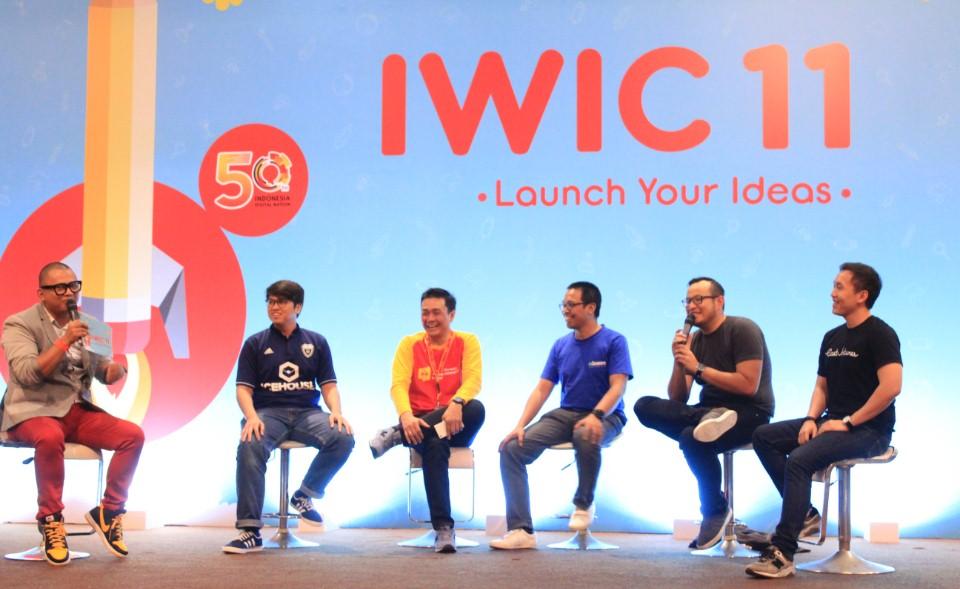 Para Pembicara yang memeriahkan acara IWIC 11