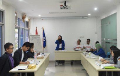 Esa Unggul Menjadi Semifinalis Debat Bahasa Antarmahasiswa Se-Jabodetabek