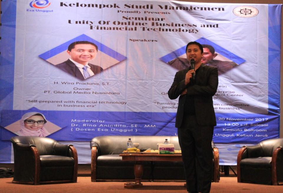 Wira Pradana Salah satu Pembicara di acara Seminar