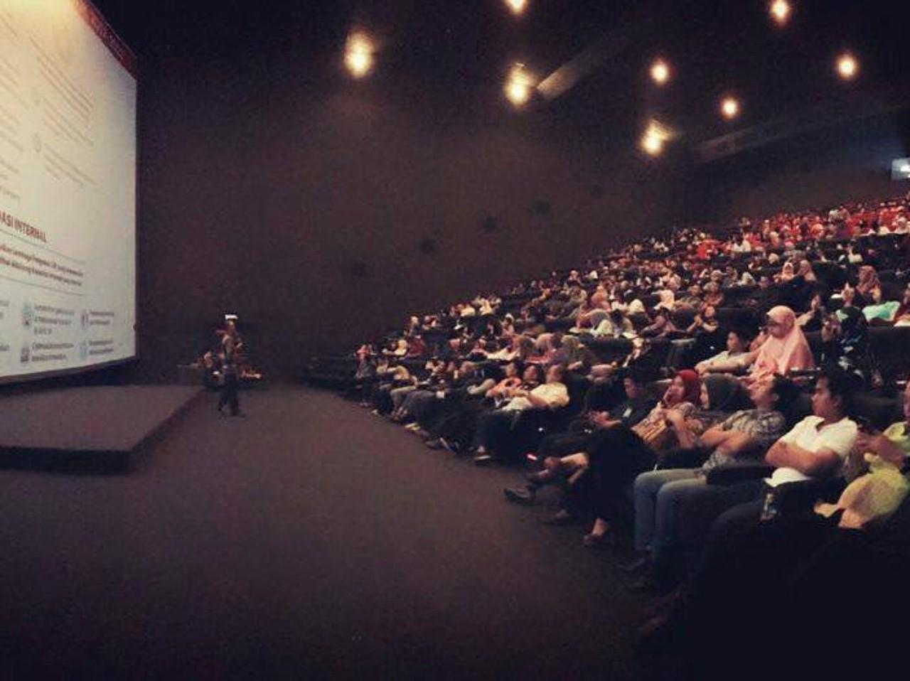 Bioskop Ecoplaza yang biasanya dijadikan tempat pemutaran Film diubah menjadi tempat seminar