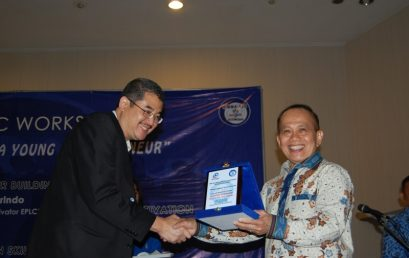 Seminar & Workshop Succes for Being A Young Entrepreneur 2013