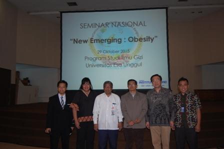 """Seminar Nasional """"Hari Pangan Sedunia"""" New Emerging Obesity"""