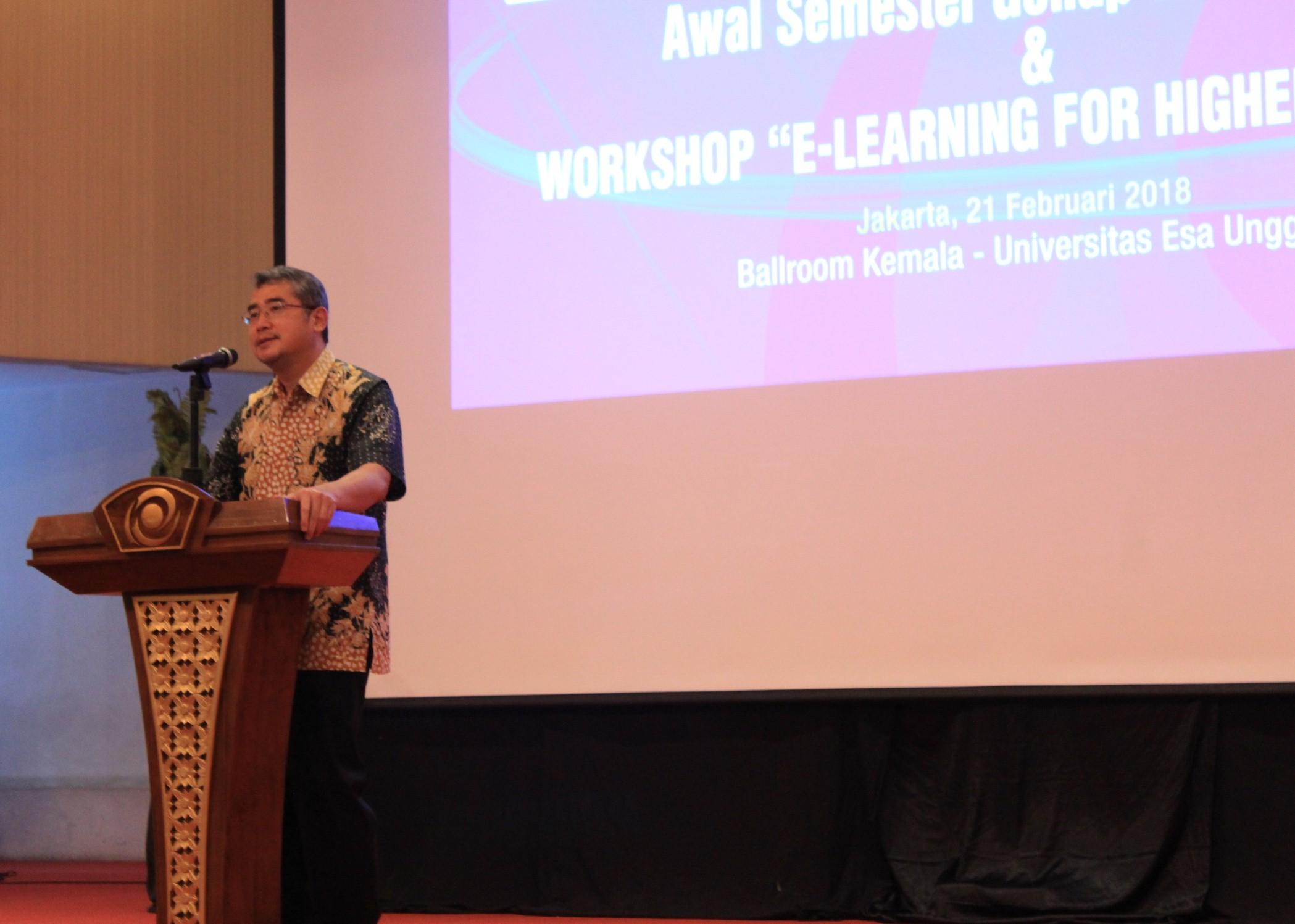 Universitas Esa Unggul Gelar Rapat Akbar Dosen Bahas E-Learning dan Penerapan Akademik Tahun ajaran Baru