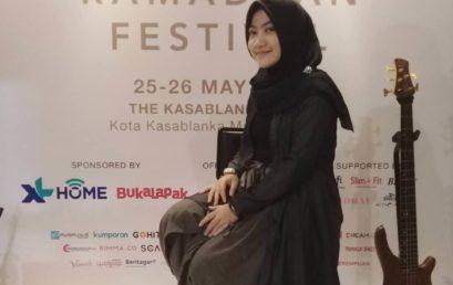 Ratih Mahasiswi Desain Produk Universitas Esa Unggul Raih Top 5 Fashion Desainer Hijup Festival 2018