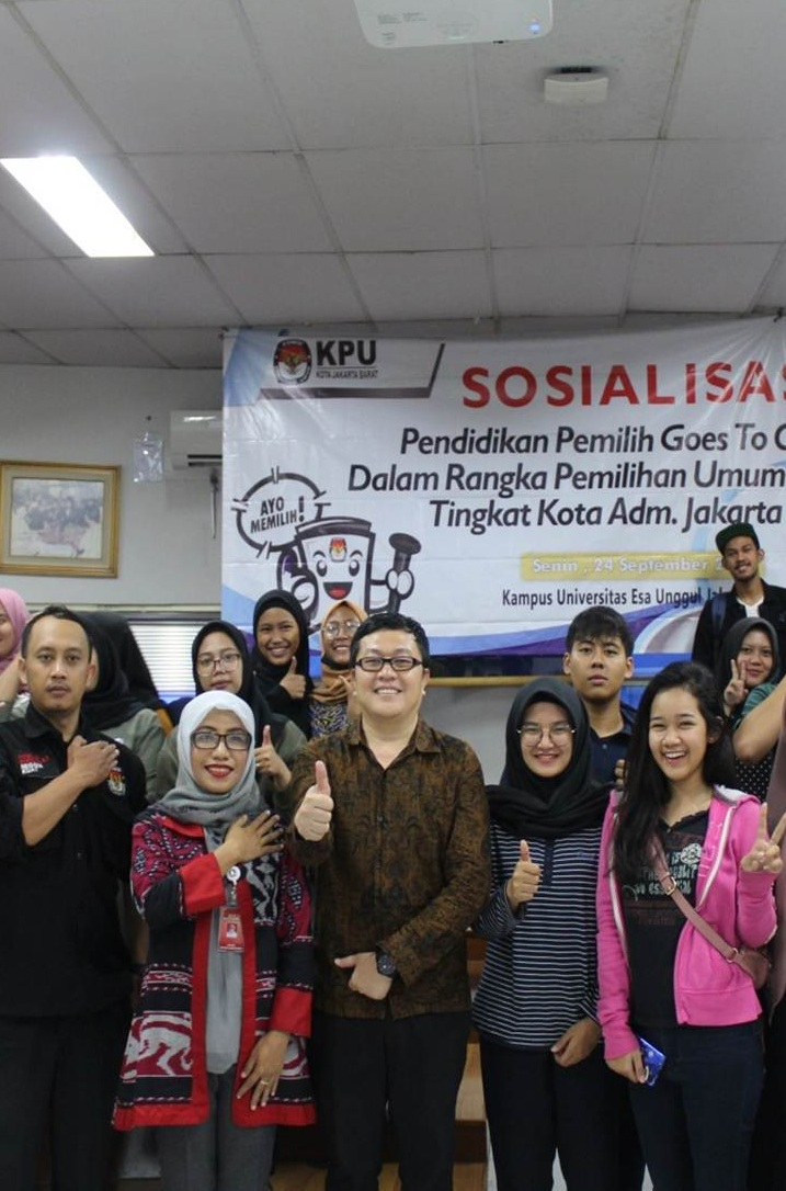 Jaring Pemilih Milenial, KPU Jakarta Barat Gelar Sosialiasi Pemilu di Universitas Esa Unggul