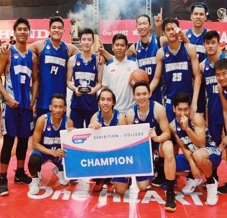 The Swans Sabet Gelar Juara di DBL Exhibition Games 2018