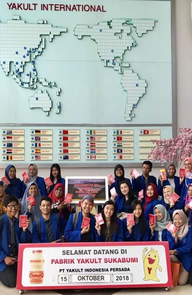 Serunya Kunjungan Industri Prodi Bioteknologi ke PT Yakult Indonesia Persada