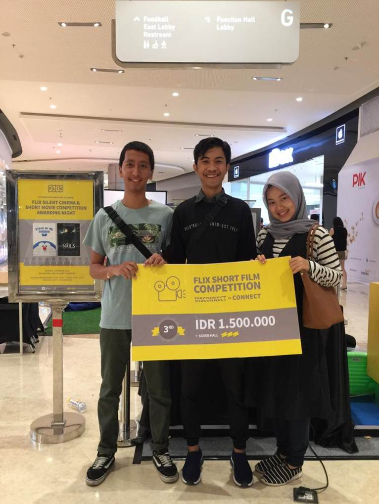 Melalui Film Siaran Langsung Berakhir, Mahasiswa Esa Unggul Sabet Juara di Kompetisi Film Pendek Tingkat Nasional
