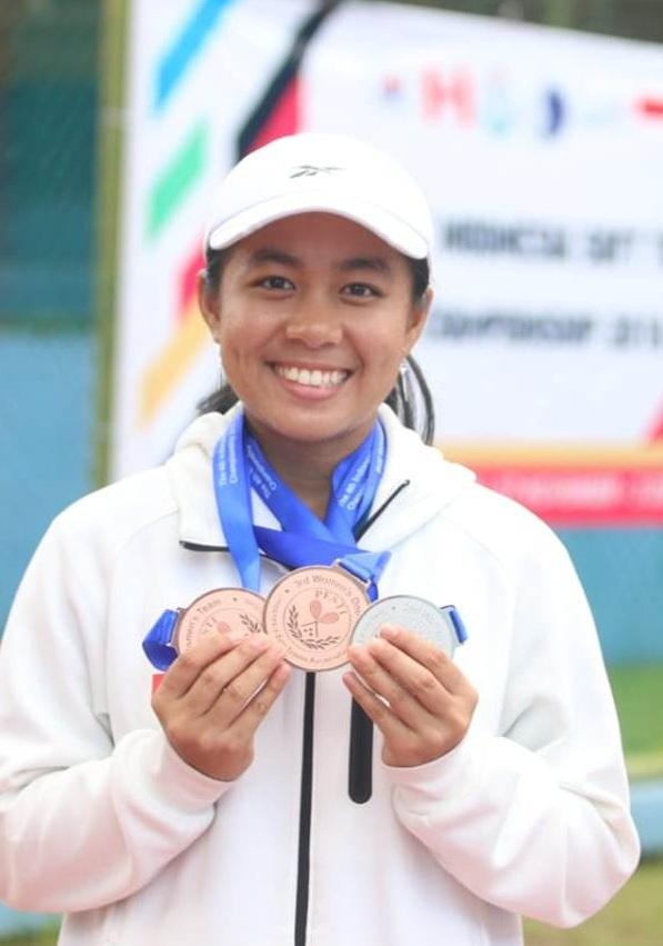 Angelica Irena Lontoh Rebut Medali Perak di Ajang Indonesia Soft Tennis Championships 2018