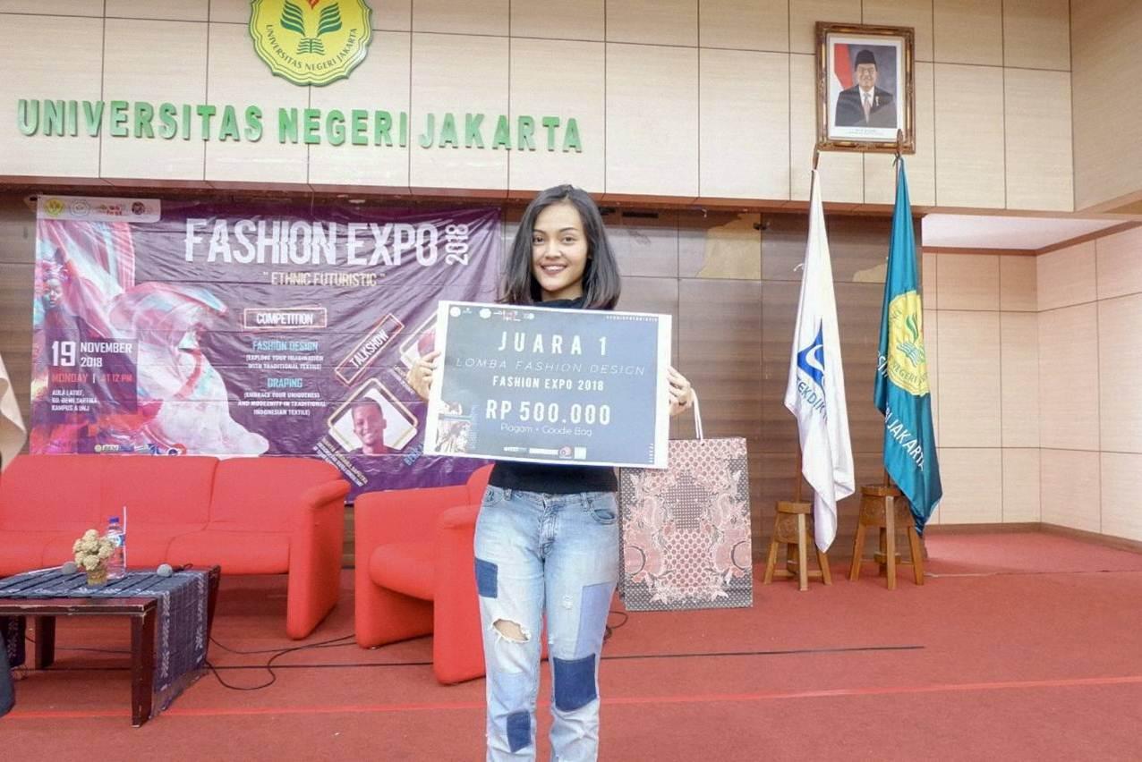 Nurillah Wendiasih Berhasil menjuarai Desain Competition