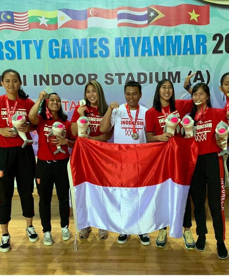 Enam Mahasiswi Esa Unggul Sabet Juara di Asian University Games 2018