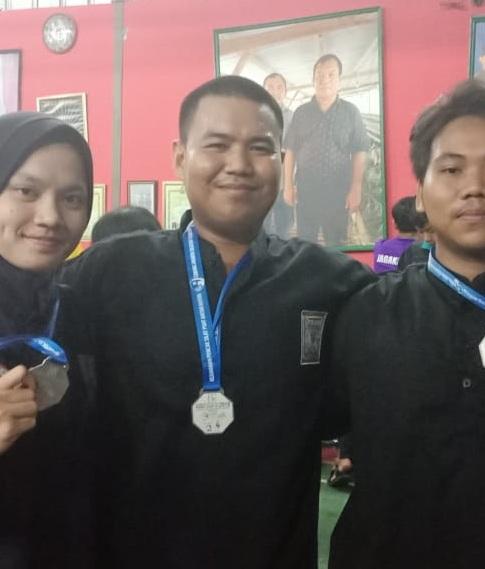 Tiga Mahasiswa Esa Unggul Sabet Juara Pencak Silat di Ajang PSHT Cup