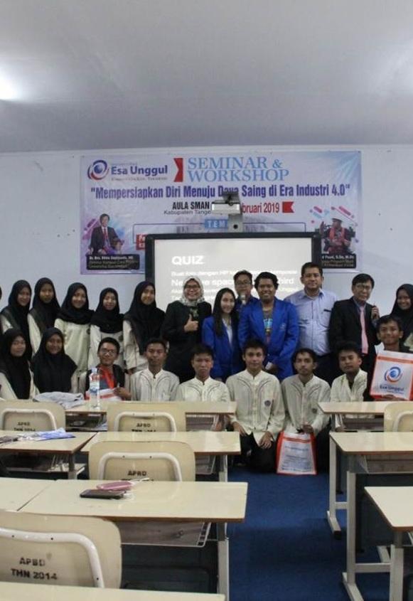 Bahas Industri 4.0, Esa Unggul Citra Raya Gelar Seminar dan Workshop di SMA 3 Kabupaten Tangerang