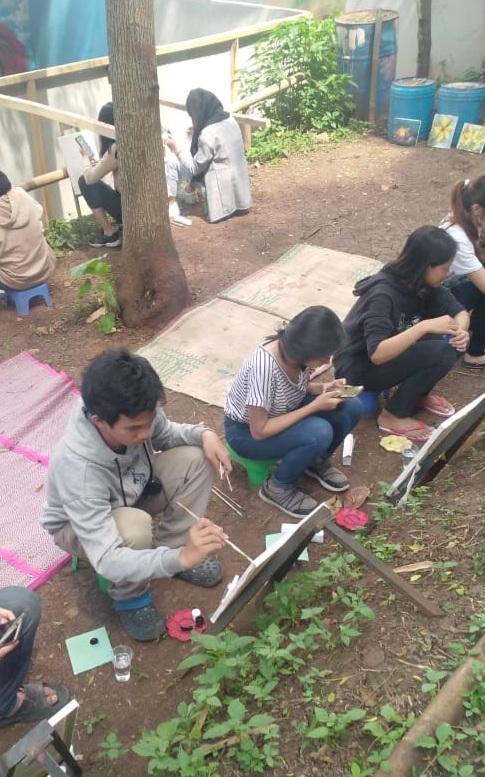 Cara Mahasiswa DKV Menemukan Inspirasi Dalam Berkarya di Bandung