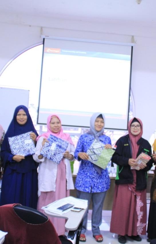 Universitas Esa Unggul Citra Raya, Gelar Pelatihan UMKM Bagi Pelaku Usaha di Daerah Tangerang