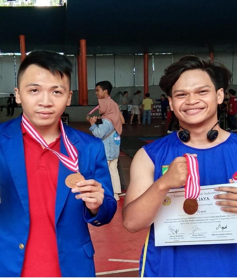 Mahasiswa Esa Unggul Raih Medali Emas di Kejuaraan Atmajaya Wushu Competition 2019