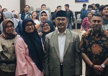 Jimly Asshidiqie Sosialisasikan 4 Pilar Kebangsaan ke Mahasiswa Esa Unggul
