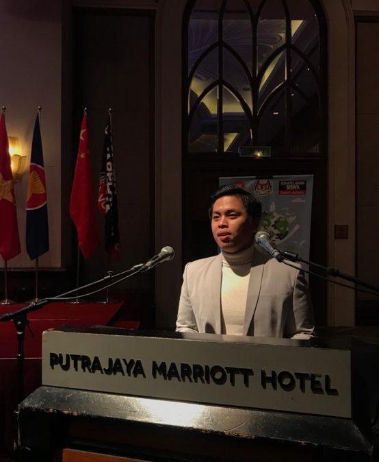 Pengalaman Seru Octa Ridwan Pratama, Mahasiswa Psikologi Esa Unggul Menjadi Perwakilan Indonesia di YSS ASEAN VLDP & ASR 2019 – Malaysia