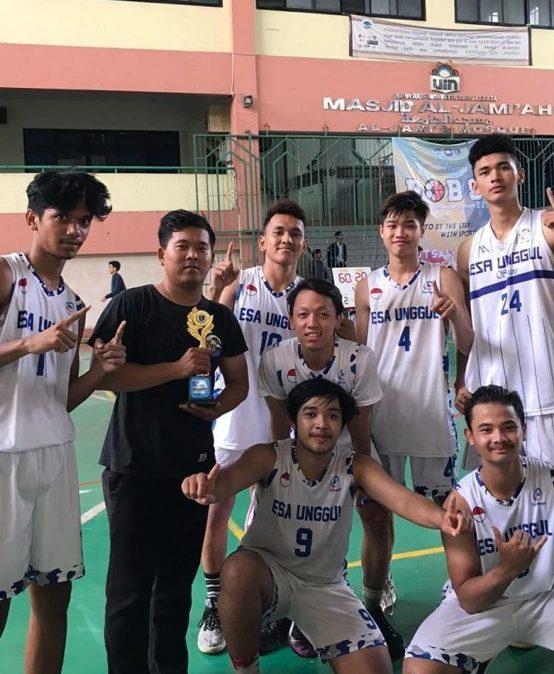 UKM Basket Universitas Esa Unggul Sukses Juara di UIN Cup