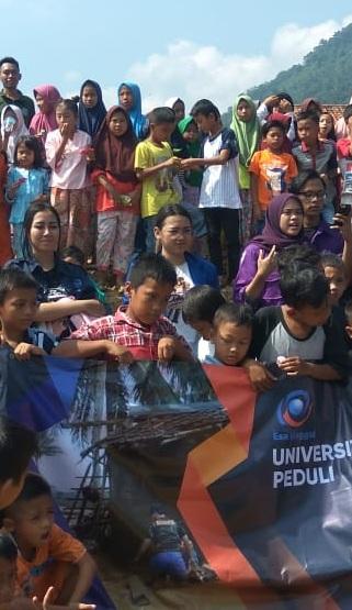 Universitas Esa Unggul Peduli Bencana Banjir Bandang Lebak Banten