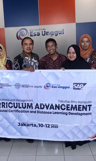 Kembangkan Sistem Pembelajaran Online, Universitas Esa Unggul Gelar Kerjasama dengan Universitas Internasional Batam