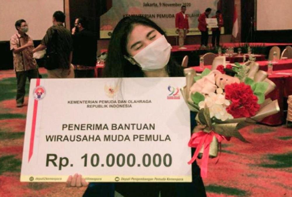 Lewat Fusion Food Indonesia-Jepang, Mahasiswi Gizi UEU Terpilih di ajang Wirausaha Muda Kemenpora