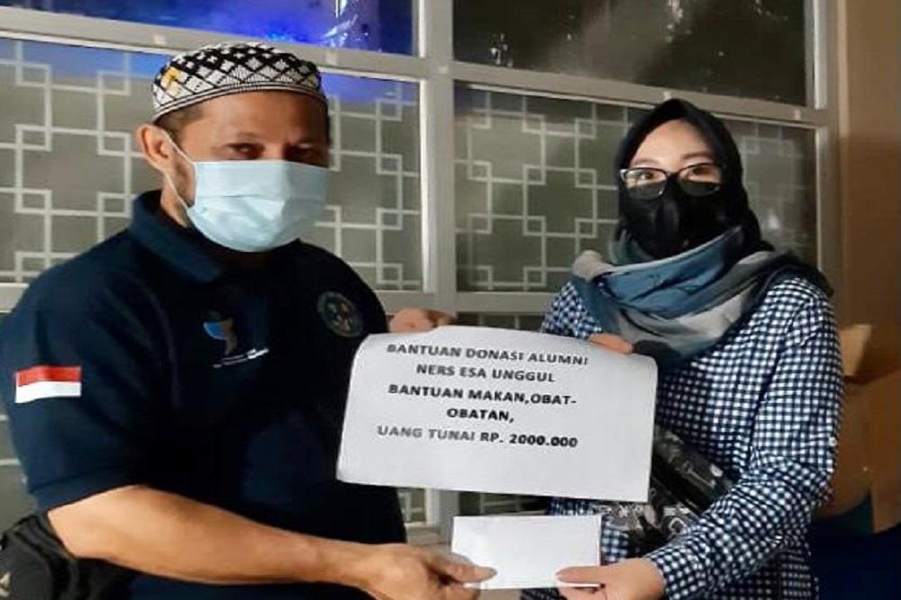 Alumni Ners Universitas Esa Unggul Galang Dana untuk Bantu Korban Banjir Kalsel